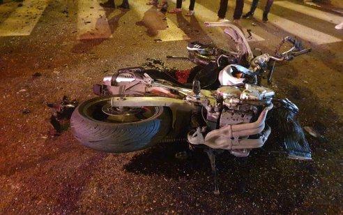 הרוג ושלושה פצועים בתאונה בין אופנוע לרכב בכניסה לכפר מנדא