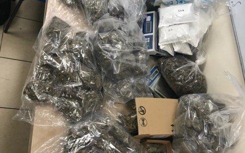 המשטרה תפסה 12 קילו מריחואנה בדירה בראש העין
