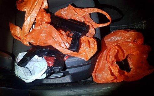 """בפעילות הלילה של מג""""ב וצה""""ל בין שכם לטולכרם נתפסו 3 כלי נשק מאולתרים מסוג קרלו – 2 חשודים נעצרו"""