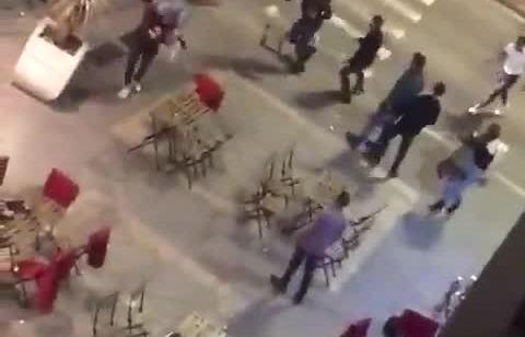 כיסאות, שולחנות ואגרופים: תיעוד של קטטה המונית בפאב בעיר התחתית בחיפה