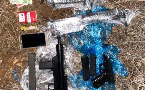 """לוחמי צה""""ל סיכלו נסיון הברחת שלושה נשקים ומחסניות – חשוד נעצר"""