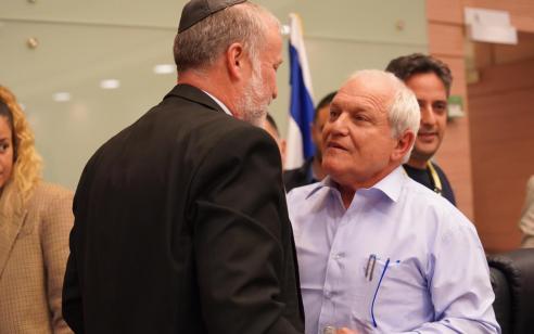 ועדת הכנסת אישרה את בקשת החסינות של חיים כץ – מליאת הכנסת תכריע