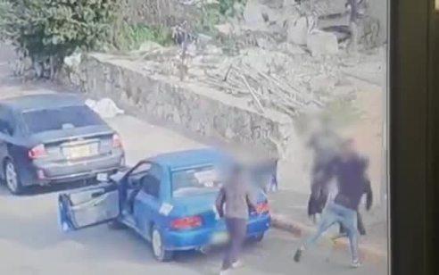שלושה צעירים נעצרו לאחר שתקפו קטין באלה, באגרופים ובמכות כי חשדו שקילל את האחות של אחד מהם | תיעוד