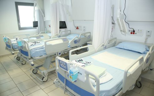הקורבן ה-19: בן 70 שסבל ממחלות רקע ונפטר מקורונה בבית חולים אסותא