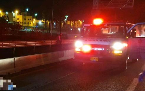 הולך רגל כבן 40 נדרס למוות בכביש 4 סמוך לצומת הדרים