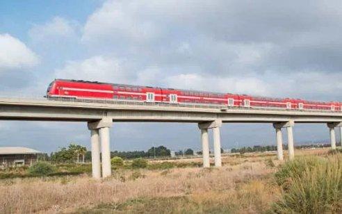 """תנועת רכבות הנוסעים תחודש באופן הדרגתי במוצ""""ש עוד שבועיים"""