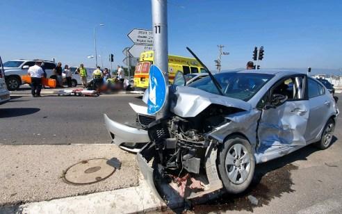 נערה בת 17 נפצעה בינוני ואדם נוסף קל בתאונה בכביש 75 צומת נהלל