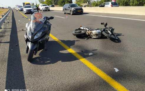 """רוכב אופנוע בן 35 נהרג בתאונה סמוך לכפר חב""""ד"""