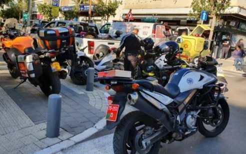 הולך רגל כבן 30 נפצע קשה מפגיעת רכב בתל אביב