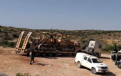 נאבקים בבניה הפלסטינית הבלתי חוקית: החורמו עשרות שופלים וכלים כבדים