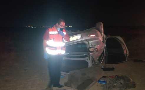 נהגת רכב בת 21 נפצעה קשה לאחר שהתנגשה בפרה והתהפכה סמוך לחצרים