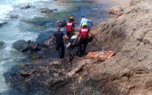 גבר כבן 50 נמשה מהמים ללא רוח חיים סמוך לחוף בצת שבצפון