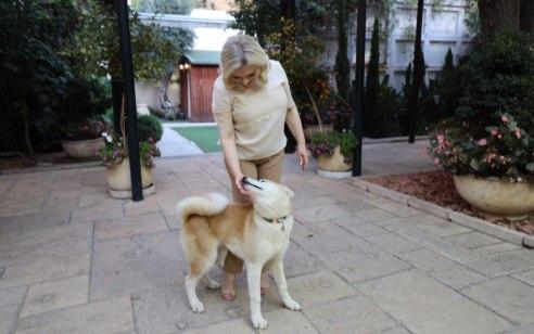 """אחרי השמועות: שרה נתניהו פרסמה תמונה עדכנית במעון רה""""מ"""