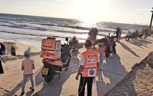 אשדוד: בן 45 טבע כשנכנס להציל את ילדיו שנסחפו – מצבו בינוני