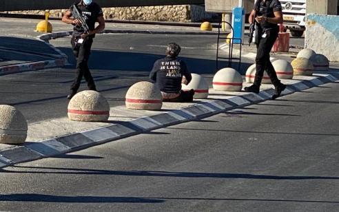 המאבטח האזרחי שירה הבוקר בחשוד במחסום קלנדיה נחקר במשטרה