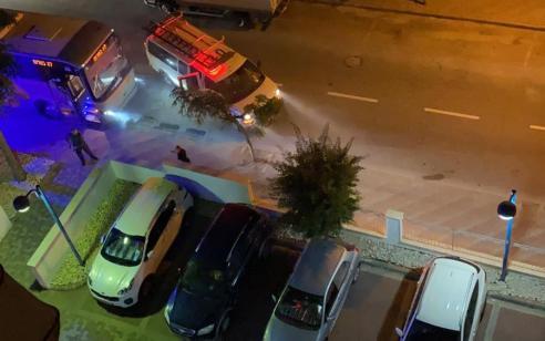 תיעוד: צעיר גנב אוטובוס נוסעים באשדוד ונעצר אחרי מרדף ברחבי העיר – אין נפגעים