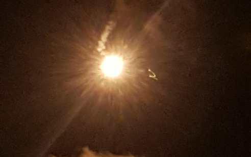 """בעקבות ירי לעבר עמדה צבאית: צה""""ל ירה פצצות תאורה באזור מנרה – צירים נחסמו"""