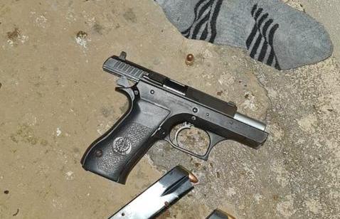 המשטרה עצרה אמש 3 תושבי הכפר אבו סנאן בחשד להחזקה לא חוקית של נשק