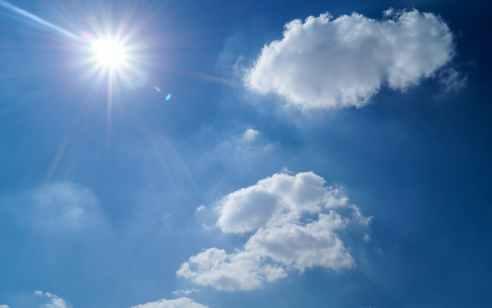 מעונן חלקית עם עלייה קלה בטמפרטורות – בחמישי: חשש להצפות בערי החוף | התחזית המלאה