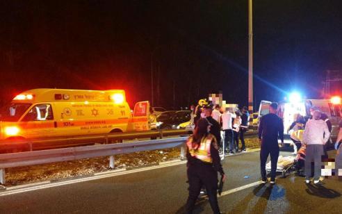 """הקטל בכבישים: רוכב אופנוע נהרג ליד עכו, חברו נפצע קשה – הרוג חמישי בסופ""""ש"""