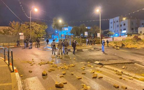 המשטרה פיזרה הערב התפרעות אלימה בבסמת טבעון