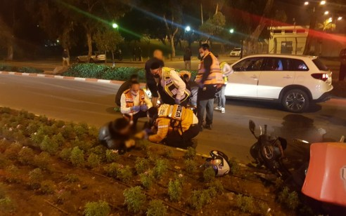 הולך רגל בן 16 נפצע בינוני מפגיעת אופנוע באשדוד