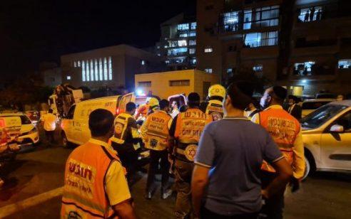 צעיר כבן 18 נפצע באירוע אלימות באלעד – מצבו קשה