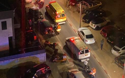 גבר כבן 25 נפצע באורח קשה באירוע אלימות בחולון