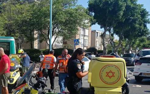 קריית חיים: רוכב קטנוע נפצע קשה בתאונה עם מעורבות רכב