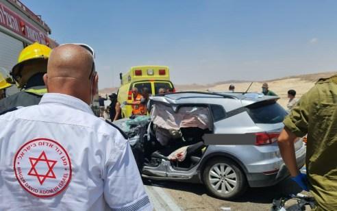 כביש 90: הרוג ושישה פצועים בינוני וקל בתאונה סמוך לצומת מנוחה בערבה