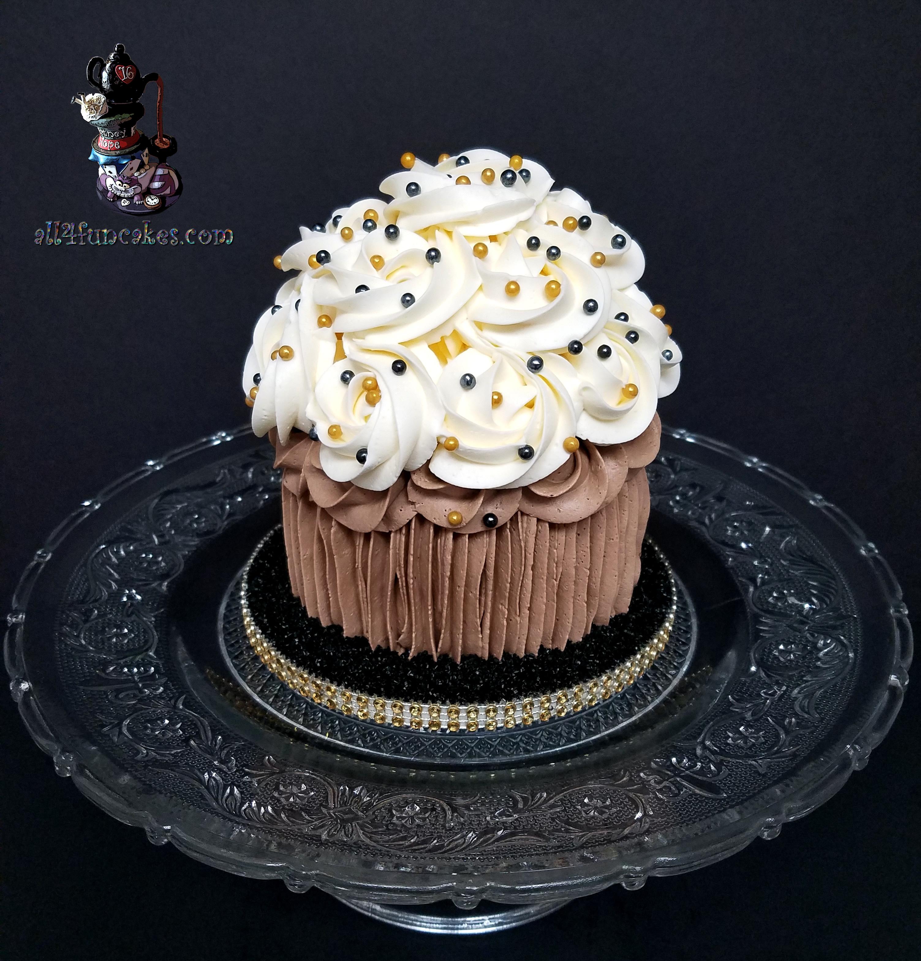 Mini 60th Birthday Smash Cake by All4Fun Cakes LLC 2018
