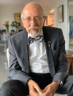 Dr. Noobar Janoian