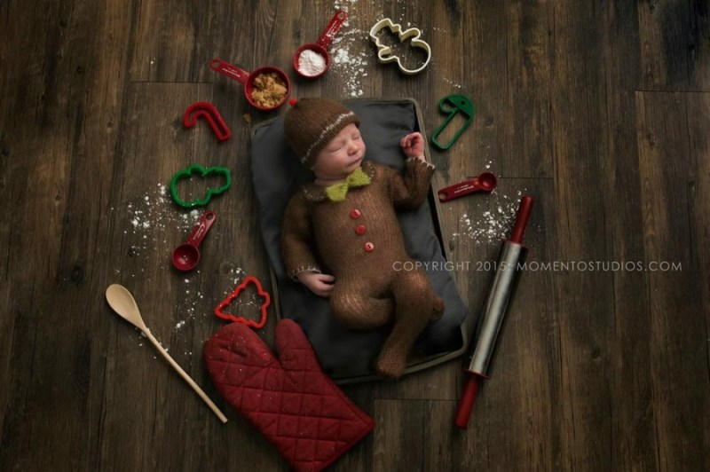 146205-900-1450949548-ad-knitted-christmas-baby-outfits-15
