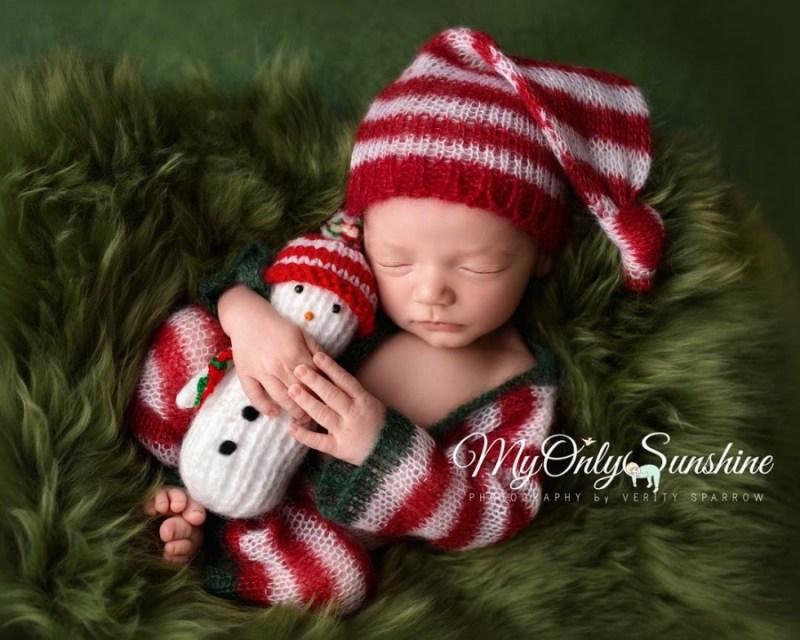 146355-900-1450949548-ad-knitted-christmas-baby-outfits-13