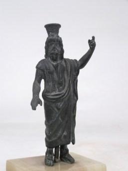 Χάλκινο ειδώλιο του θεού Σάραπι. 332-30 π.Χ. (ΕΑΜ 1633)