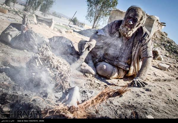Amoo Hadji Ο άνθρωπος που έχει να πλυθεί 60 χρόνια allabout.gr