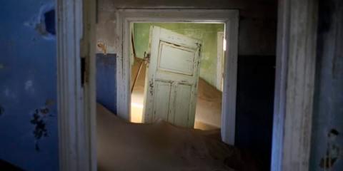 Εγκαταλειμμένα μέρη στον κόσμο kolmanskop namibia