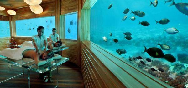 Ένα πολυτελές ξενοδοχείο με υποβρύχιο spa!