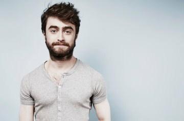 Σκέτο αριστούργημα: Ο Daniel Radcliffe τραγουδά με την κοπέλα του το «The Real Slim Shady» σε καραόκε.