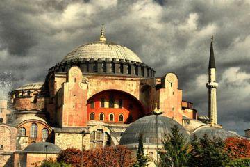 επιστρέψει την Αγία Σοφία στην Ορθόδοξη Εκκλησία