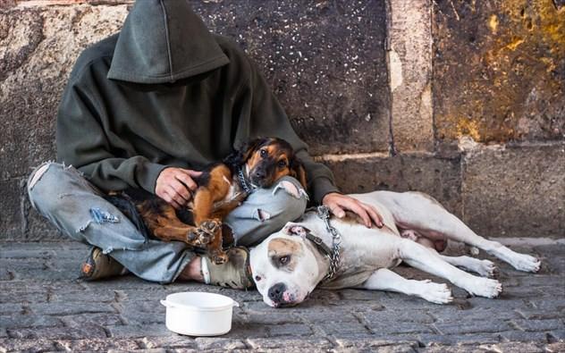 πόλεις με τους περισσότερους άστεγους