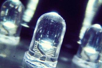 Έρχεται το Li-Fi μια τεχνολογία 100 φορές ταχύτερη από το Wi-Fi