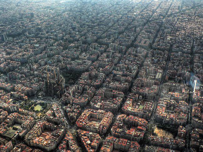 Sagrada Familia αξιοθέατα που δείχνουν εντυπωσιακά