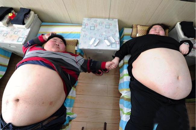 Παντρεμένο ζευγάρι είναι τόσο υπέρβαροι που είναι ακόμη παρθένοι!