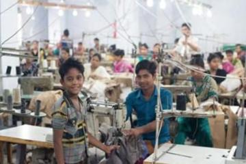 Εργοστάσια του Μπαγκλαντές: Εκεί όπου παιδιά ράβουν τα τζιν που φοράμε εμείς στη Δύση