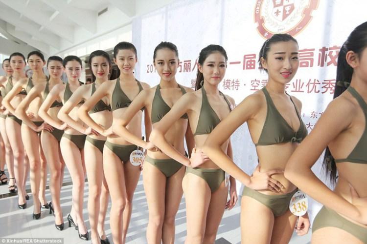 διαγωνισμοί στην Κίνα για την θέση της αεροσυνοδού.