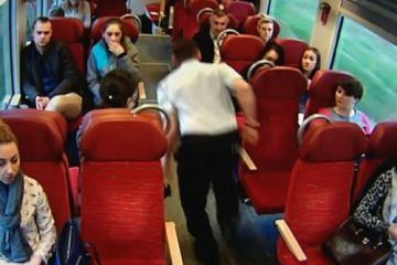 Ήρωας - οδηγός τρένου τρέχει και προειδοποιεί τους επιβάτες δευτερόλεπτα πριν τη σύγκρουση (βίντεο)