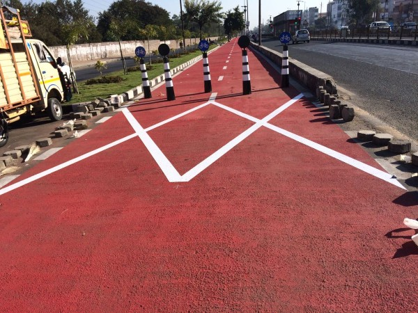 Cycling tracks created in Bhopal. Image Source: Bhopal Smart City Twitter Handle