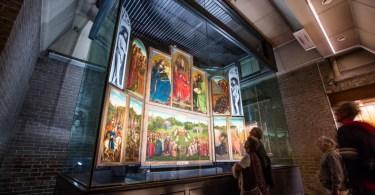 名画「神秘の子羊」に出会える、ベルギー・ゲントの聖バーフ大聖堂へ