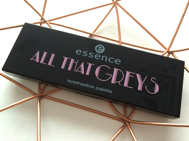 0de77 img 5983 - Essence All That Greys eyeshadow palette